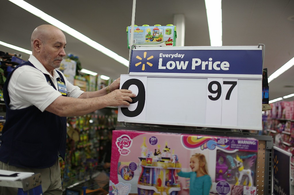 Amazon and Walmart want you to think they always have the best prices. A smaller competitor is showing otherwise.
