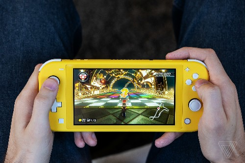 Nintendo Switch Lite review: a triumphant return to dedicated handhelds