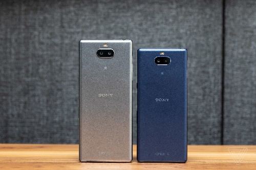 Sony CEO defends smartphone business but will focus on just four markets