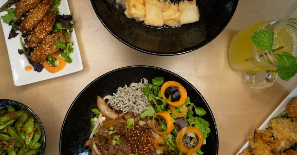 Innovative Queens Noodle Shop Debuts With Handmade Udon and Oshi Sushi