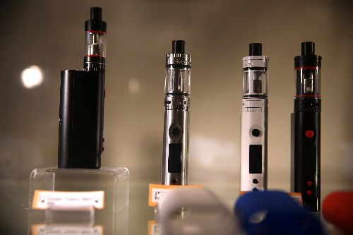 More people are trying e-cigs in Europe despite concerns