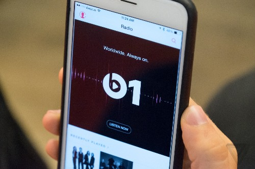 Apple Music is set to surpass Spotify in paid US subscribers this summer