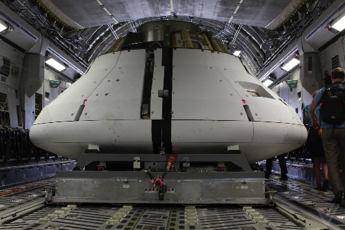 A close look at NASA's Orion spacecraft after its parachute test