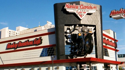 The Strip's Harley-Davidson Cafe to Shutter