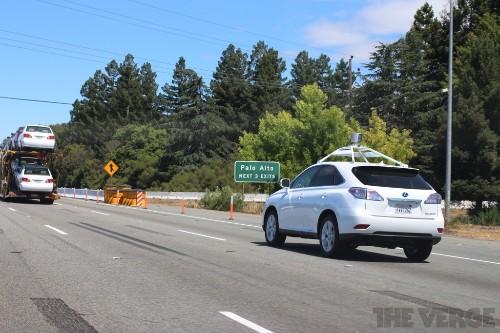 Self-driving vehicles still a decade away, experts tell Congress