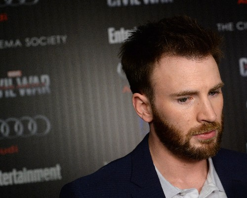 Chris Evans started a new site about politics because he thinks Wikipedia entries are too long