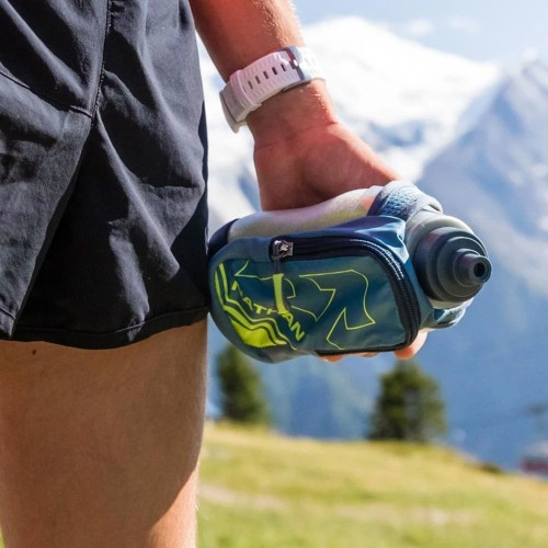 The best running hydration packs and water bottles