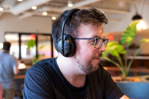 Bose Noise Cancelling Headphones 700 review: taking back the crown