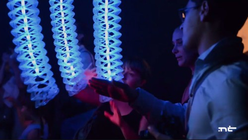 Robotic petting zoo replaces furry animals with inquisitive plastic tentacles