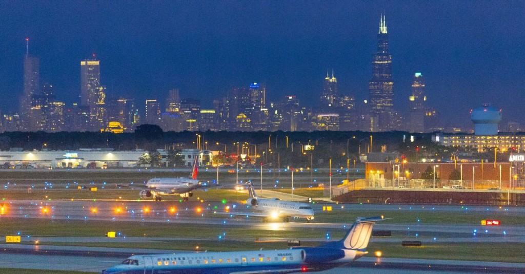 The 14 Best Restaurants Near Chicago's O'Hare Airport (ORD)