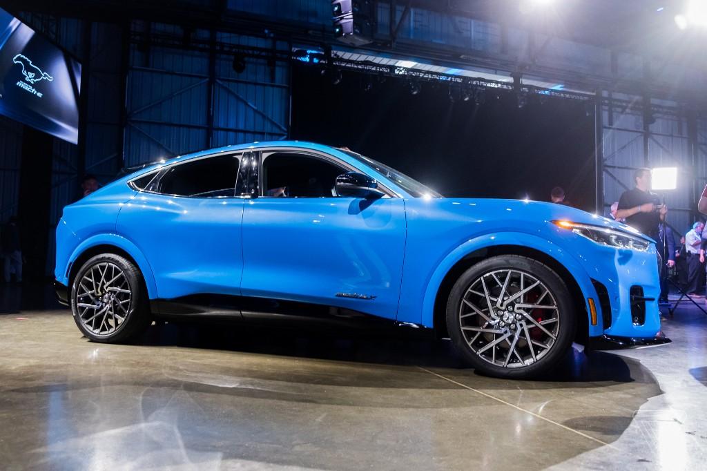Ford Mach-E - cover