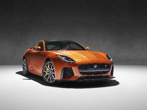 The Jaguar F-Type SVR is the fastest cat in the world