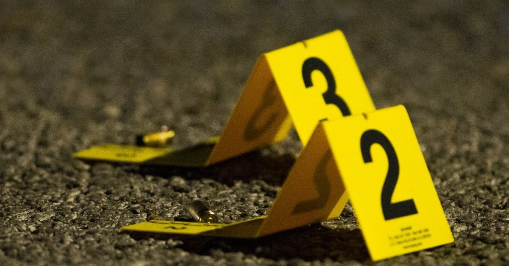 2 dead, 9 hurt in Chicago shootings Thursday