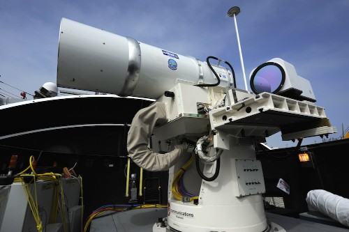 Navy destroys drone with laser weapon ahead of 2014 deployment