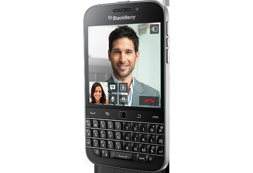 BlackBerry officially launches the Classic, a smartphone for yesterday