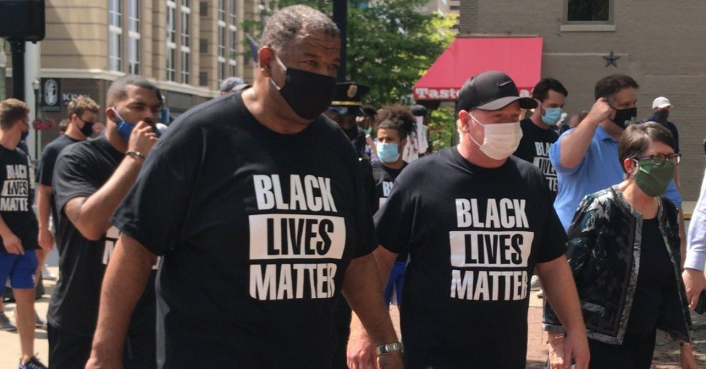 Stoops & Marrow lead UK Football team in Black Lives Matter protest