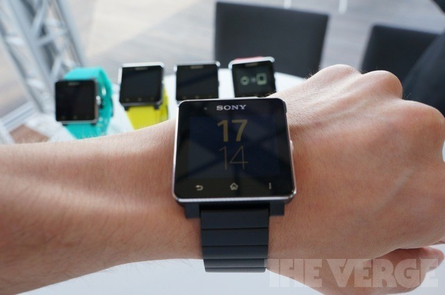 Sony's SmartWatch 2 is better than the first one, but still far too expensive