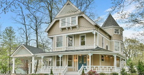 Stunning Victorian fully renovated asks $1.7M just outside NYC