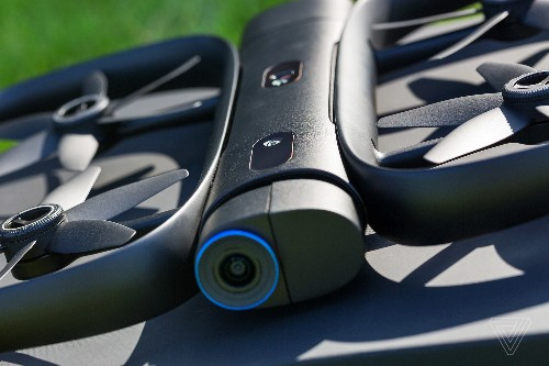 Skydio's self-flying drone can now be controlled using just an Apple Watch