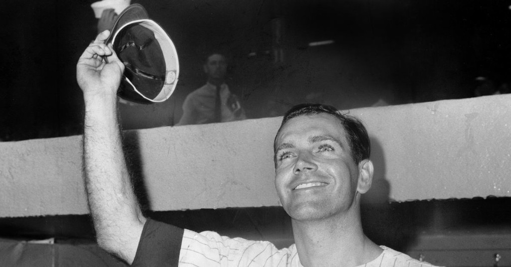 This Day in Yankees History: fans celebrate Bobby Richardson Day