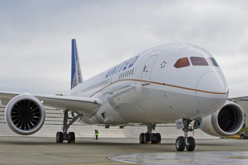 Boeing 787 returns to active duty in the US with flight from Houston to Chicago