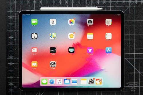 Apple will let you choose 'bigger' or 'more' app icons on your iPad's home screen