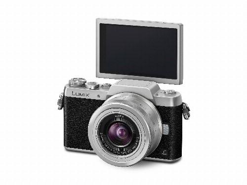 Panasonic's mirrorless Lumix GF7 is a $600 selfie shooter