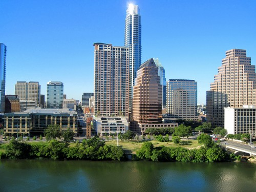 AT&T tries to beat Google to Austin, launches fiber internet in December