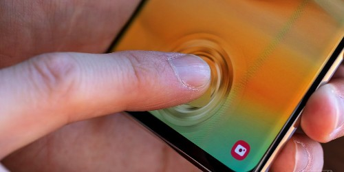 Samsung says fingerprint security fix is coming as early as next week