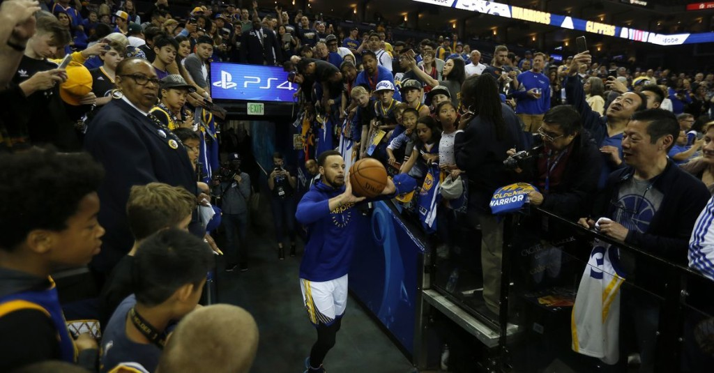 Who would win in a Warriors game of H-O-R-S-E?