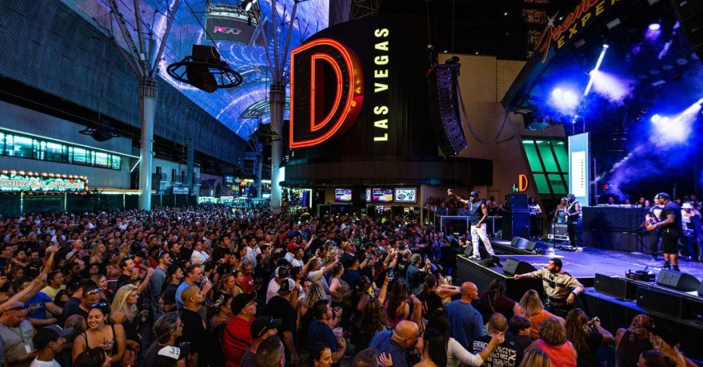 Downtown Casinos D Las Vegas and Golden Gate Reopen on the Fremont Street Experience on June 4