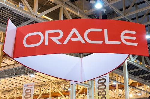 After years of competition, Oracle teams up with Microsoft to bring its database software to the Windows cloud