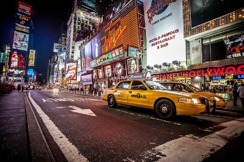 Uber wins in NYC lawsuit filed by limo lobby, clearing the way for city to test e-hail apps