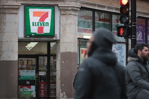 7-Eleven starts experimenting with cashier-less checkouts