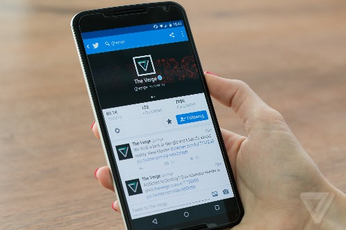 Twitter could start showing tweets out of order as soon as next week