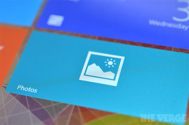 Microsoft drops Facebook and Flickr photo integration from Windows 8.1, recommends official apps