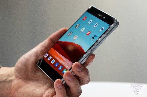 Microsoft's dual-screen phone will live or die by the apps