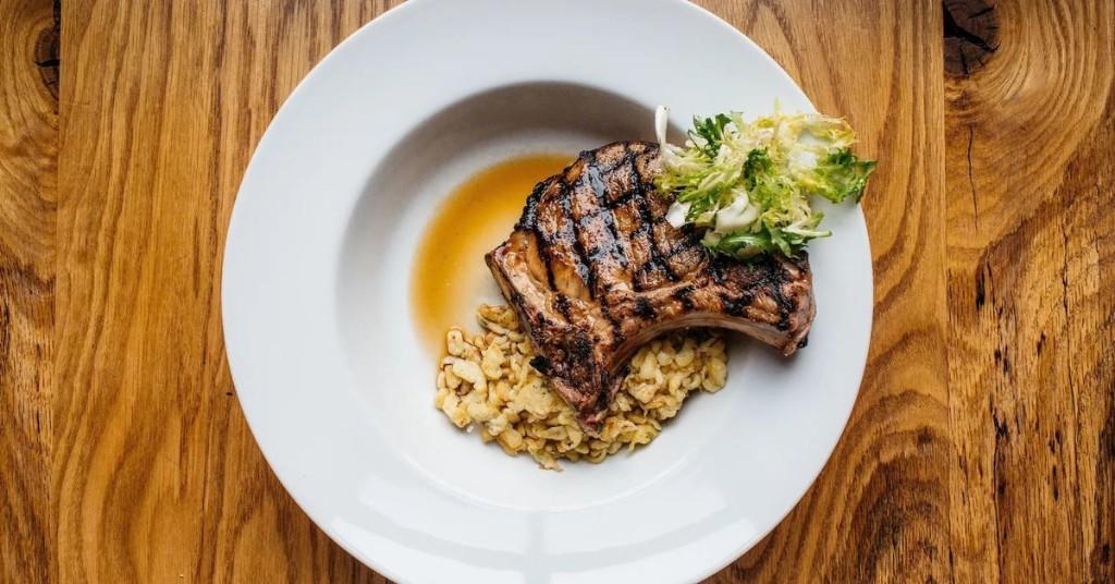 Pork Chop Recipe Fails to Sway Iowa Voters