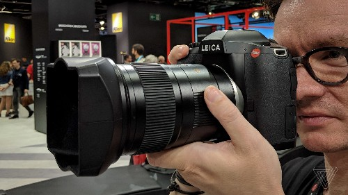 The Leica S3 is a frustratingly awesome medium format DSLR