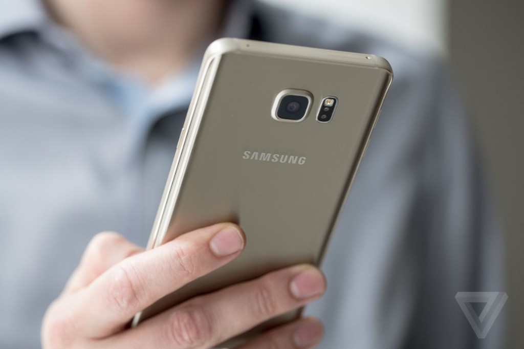 Samsung could finally adopt USB-C with the Galaxy Note 6