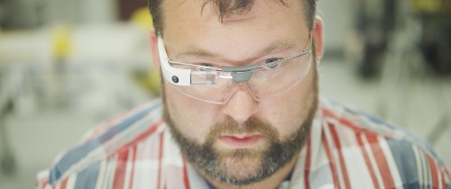 Google Glass's second-gen enterprise model gets updated specs and USB-C