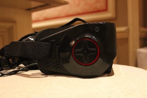 Qualcomm announces new VR headset, Leap Motion partnership, and accelerator program