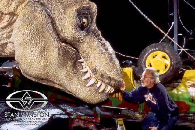 Watch 'Jurassic Park' engineers build the movie's giant mechanical T. rex