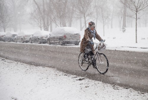 Here's why you should bike year-round in Chicago