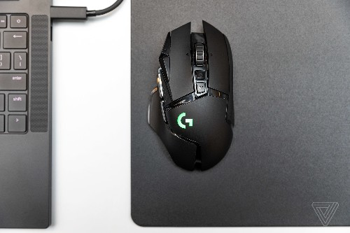Logitech's G502 Lightspeed doesn't compromise on performance, function, or price