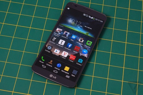 LG G Flex preorders available from AT&T starting January 24th