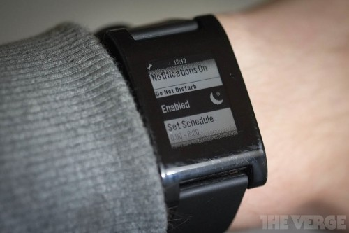 Pebble update finally adds Do Not Disturb mode and improved alarms