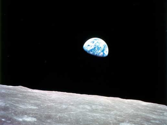 Watch this: NASA takes you on a trip to see 'Earthrise' first-hand
