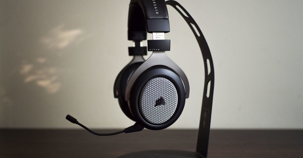 Corsair's HS75 XB Wireless sounds better than most $150 gaming headsets