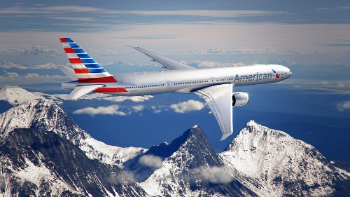 American Airlines now allows personal electronics use throughout entire flight